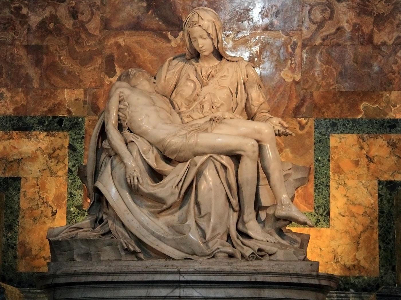 113Basilica_di_San_Pietro-Pieta1.jpg