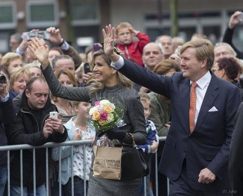 Queen-Maxima-King-Willem-oct2015.jpg