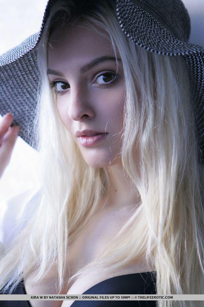 Kira W - SHEER WHITE 01