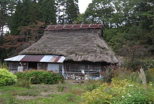 かやぶき屋根の古民家