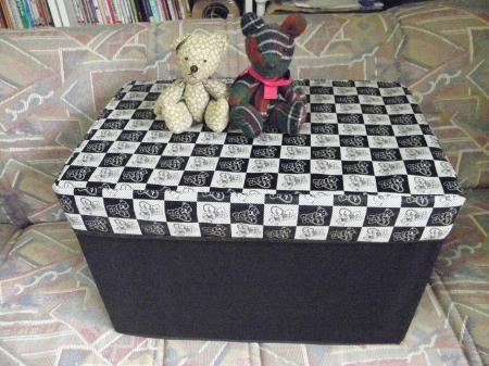 016_convert_20150924114214②畳む・座る整理BOX