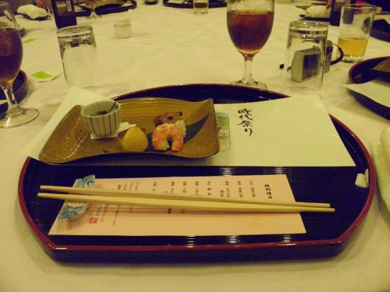 001_convert_20151007112430十月六日ゾーさんを囲む会 昼食