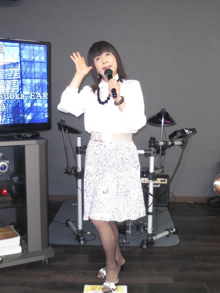 モノトーン花柄スカトカラオケ(2)