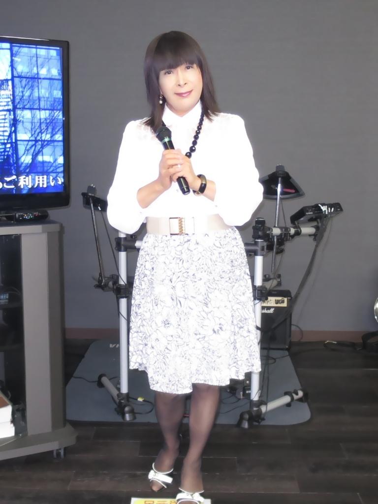 モノトーン花柄スカトカラオケ(6)