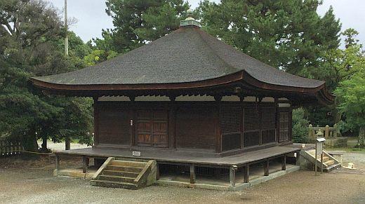 鶴林寺太子堂背面