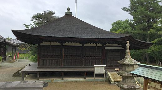 鶴林寺太子堂西側面
