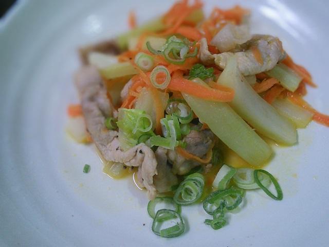 豚バラ肉と白菜の芯のレモン醤油炒め09