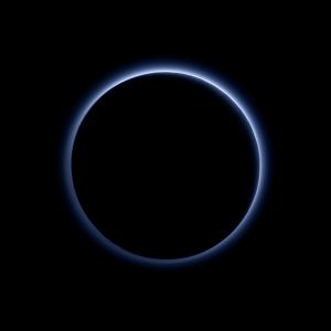 Pluto sky color