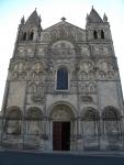 St Pierre 大聖堂