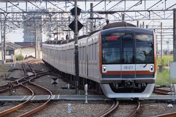 2015-08-22 メトロ10127F 快速急行元町・中華街行き 1864レ