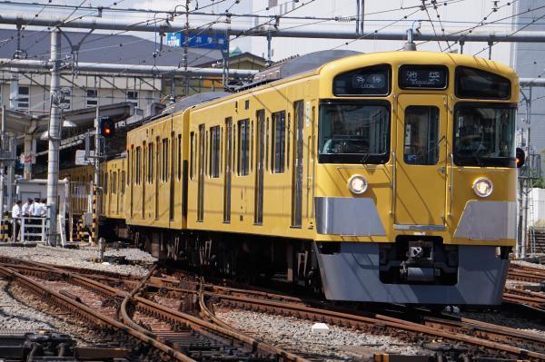 2015-09-19 西武2085F 各停池袋行き 5106レ