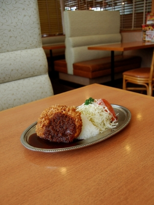 不二家レストラン、昭和の洋食ビクトリアハンバーグプレート3