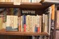150628月よみ堂 書棚 本の本