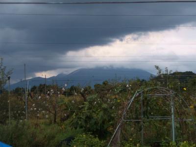 10.12大山は雲がかかっている