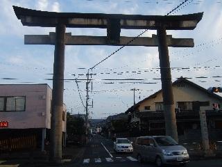 草薙神社の鳥居_H22.10.16撮影