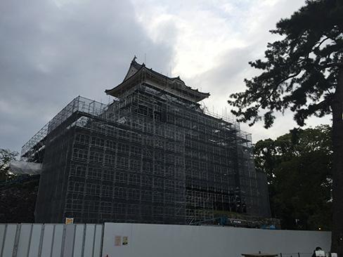 工事中の天守_H27.09.22撮影
