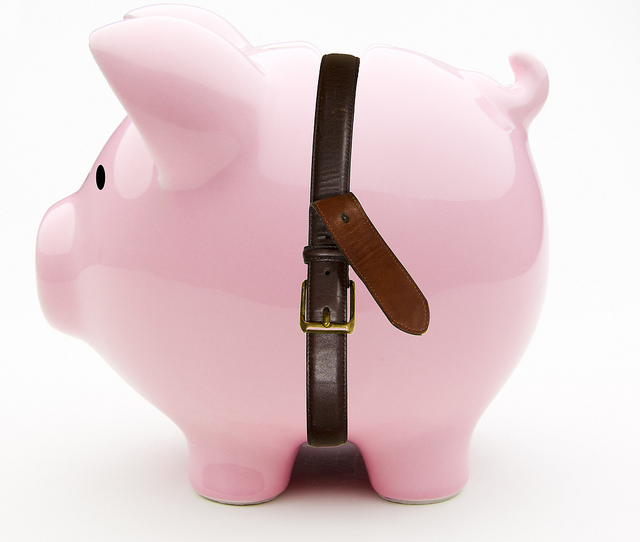 海外旅行に便利なトラベルグッツを通販購入、売上げ1位バックとめるベルト