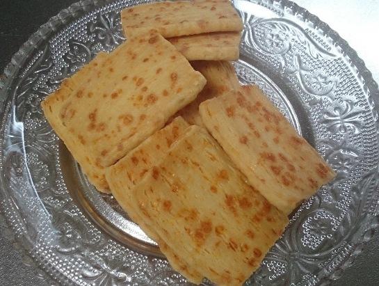ユーロパティスリー チーズ クリスピー03