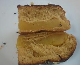 焼き芋パン05