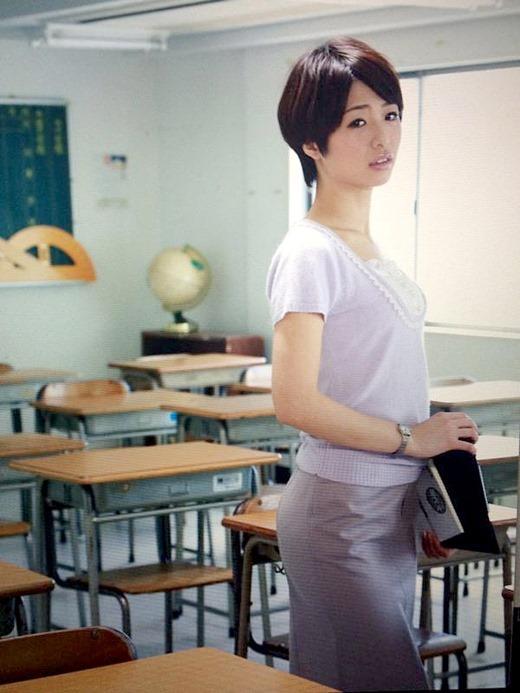 川上奈々美 04