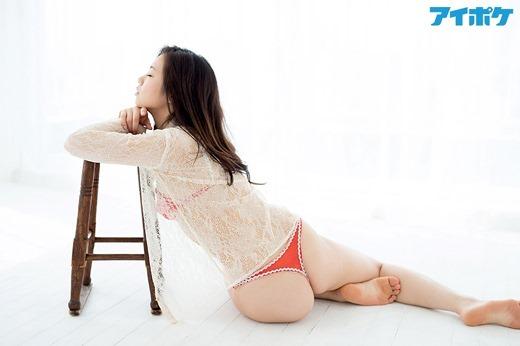 吉澤友貴 15