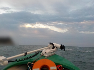DSCN1100 日の出時間に出航