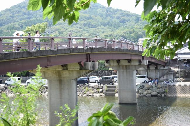 五十鈴川 おかず横丁への橋