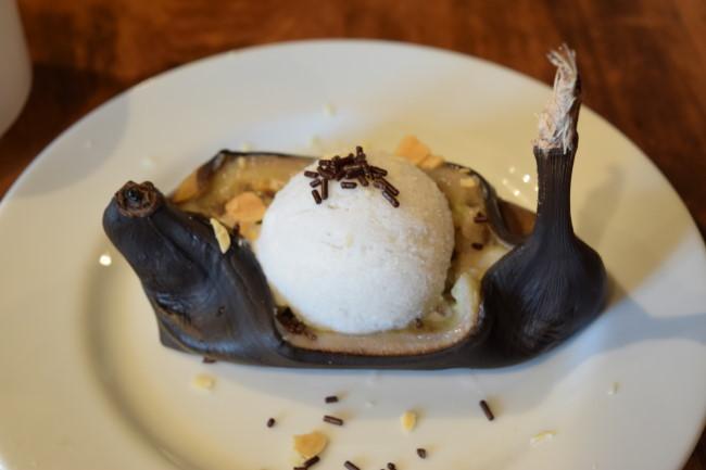 ひつじや 焼きバナナのデザート