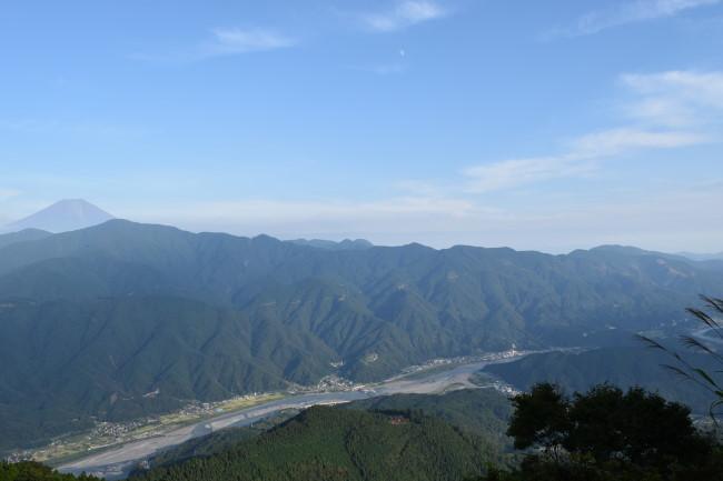 身延山山頂からの景観