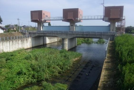 早戸川水門