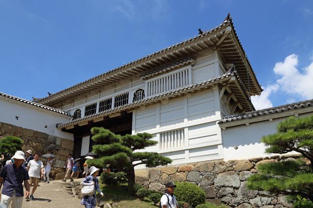 姫路城菱門