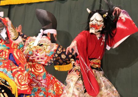 高井神楽団 滝夜叉姫3