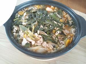 豚キムチ鍋 (300x225)