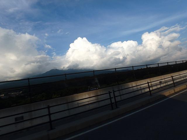 20150810エコーラインの夏雲八ヶ岳 (8)