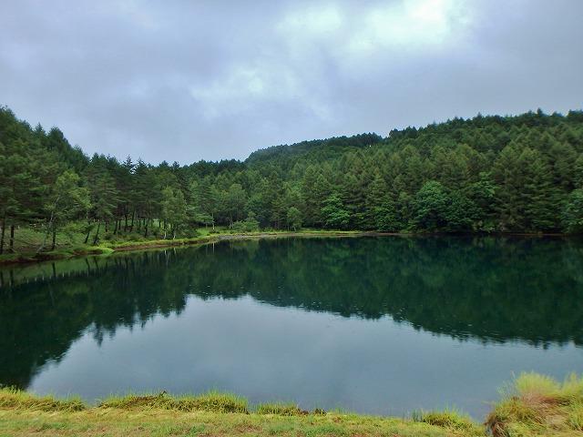 20150830御射鹿池の落水開始 (12)