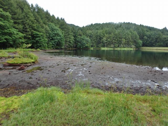 20150830御射鹿池の落水開始 (19)