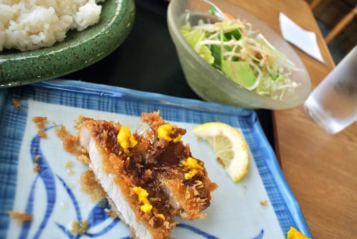 レストランにっこうや@宇都宮市氷室町 カツカレー2