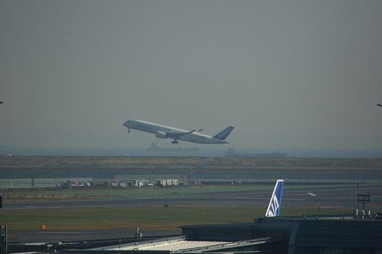 1411羽田空港 (93)FC2