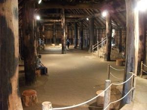 150903大型竪穴住居内部