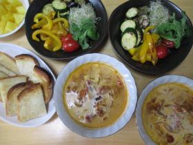 夏野菜の盛り合わせ、トマトとタマネギのスープ