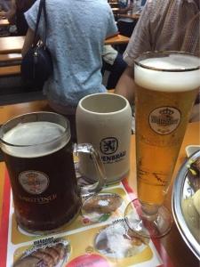 ビールいっぱい