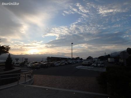 02 20150921 km諏訪湖SAは満車