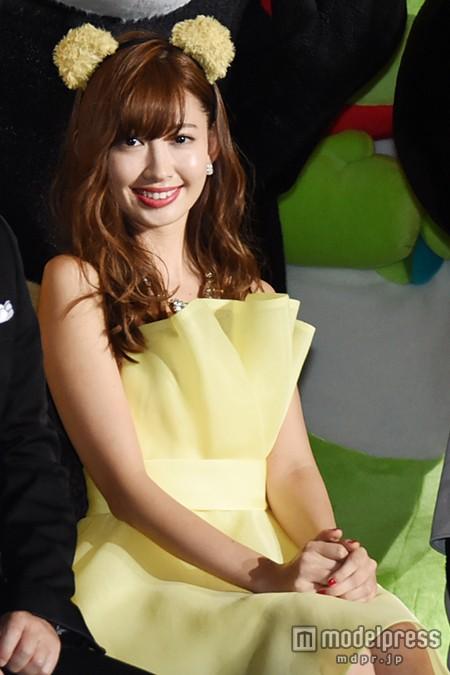 "【AKB48】小嶋陽菜、無敵の""セクシーナース""コスプレ披露 「絶対領域をチラ見せ」2"