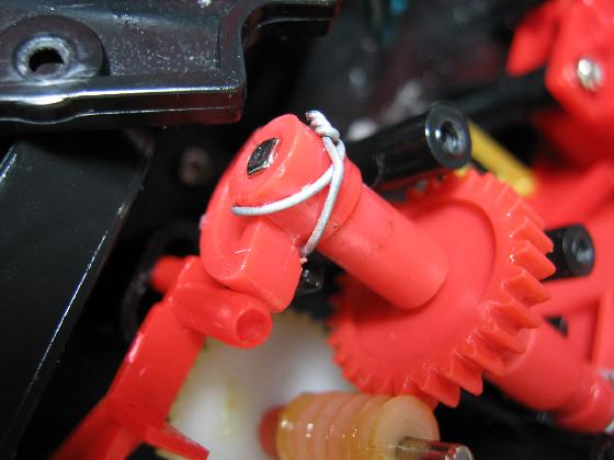 消防車MARUSHOの修理(ギア製作)治療6