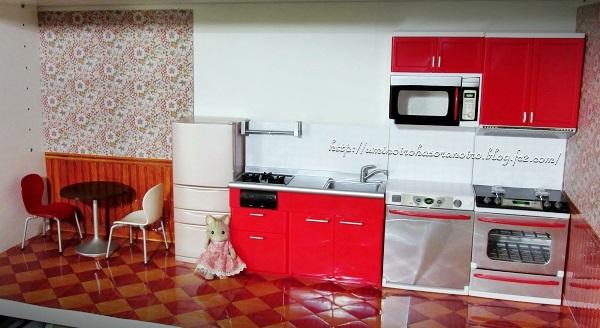 赤いキッチン2