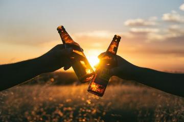 cheers-839865_640_convert_20150918174818.jpg