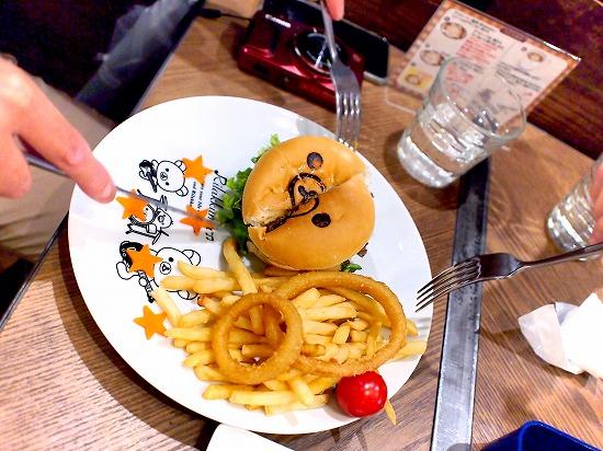 リラックマのまくまくハンバーガー05@TOWER RECORDS CAFE×Rilakkuma