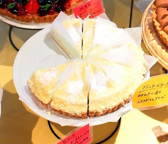 レアとベイクドのダブルチーズ01@MACARONI MARKET(マカロニ市場) 松戸店 2015年02月