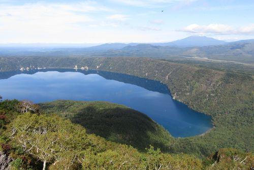 山頂から見た摩周湖