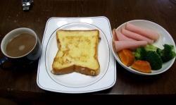 朝のパンとコーヒー-2